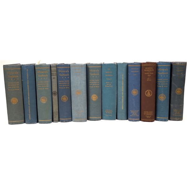 Minerals Year Books & Mineral Reserves (Books)  [135634]
