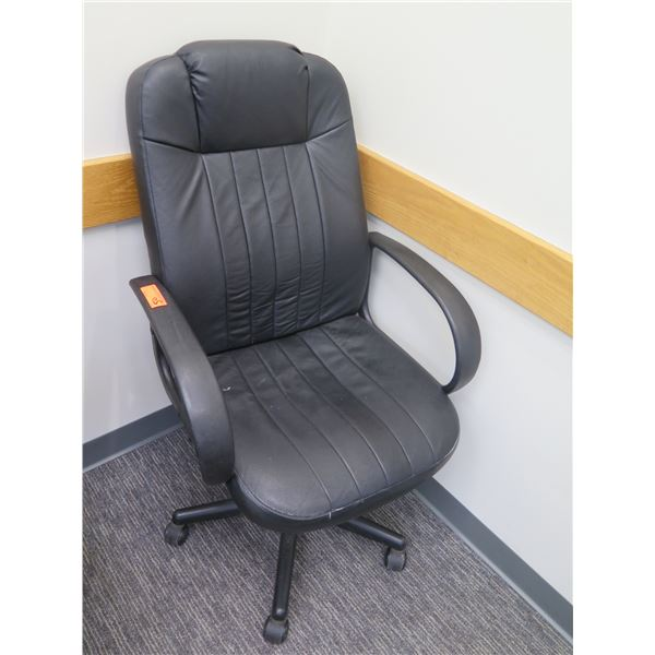 Rolling Adjustable Office Upholstered Arm Chair