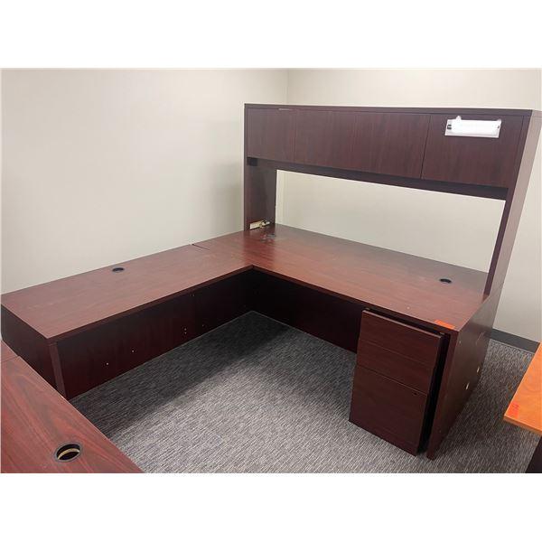 Qty 1 L-Shaped Desk with Overhead Storage Unit