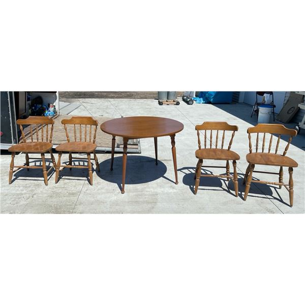 VINTAGE WILCOX FURNITURE (RED LAKE FALLS) TABLE AND CHAIRS