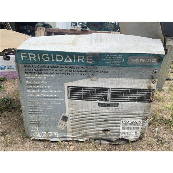 FRIGIDAIRE WINDOW AIR CONDITIONER UNIT, NEW IN BOX