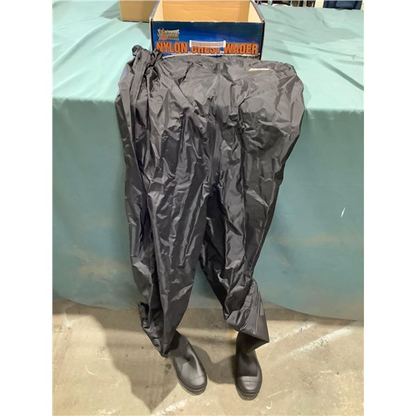Grizzly Outdoors Nylon Chest Waders