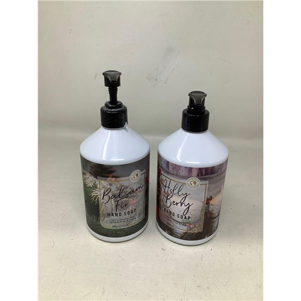Holly Berry Hand Soap (2 X 636ML)