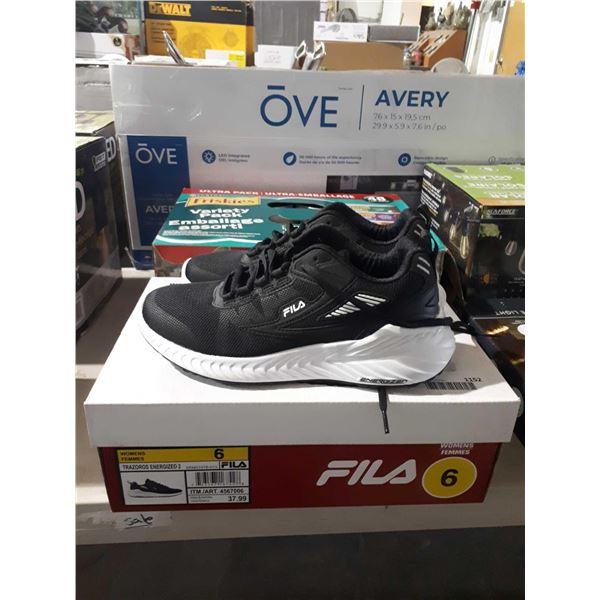 Fila Womens Size 6 Shoes