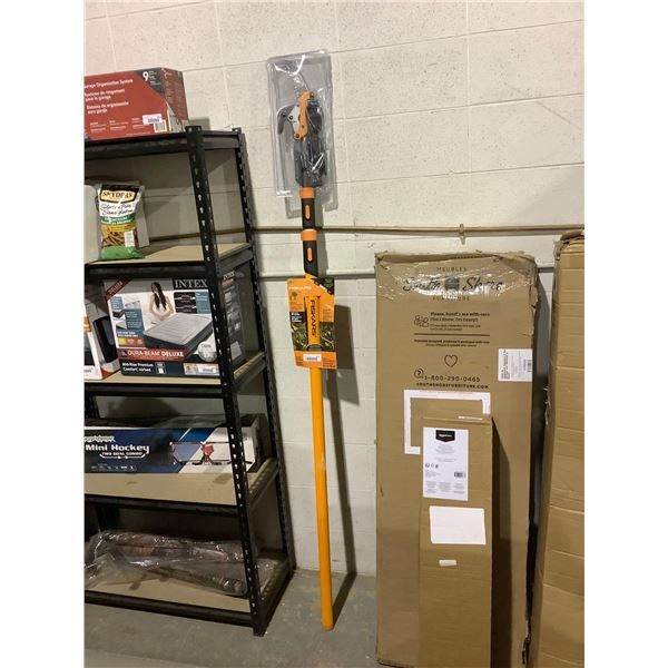 FiskarsPower-Lever Extendable Pole Saw and Pruner