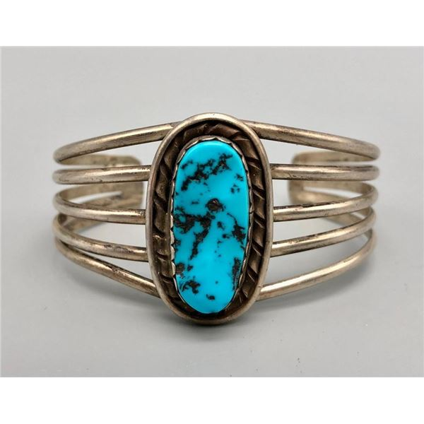 Lovely Turquoise and Sterling Silver Bracelet