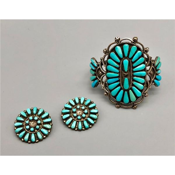 Eye Catching Zuni Cluster Bracelet and Earrings