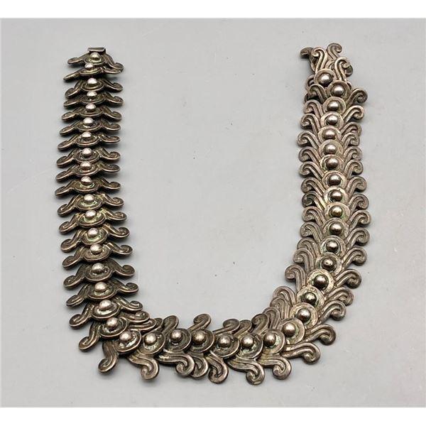 Exquisite Sterling Silver Necklace by Los Castillo