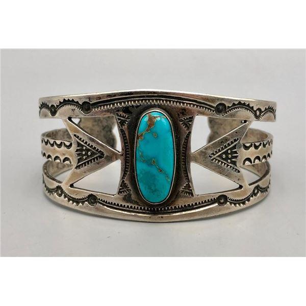Vintage Arrow Themed Turquoise Bracelet