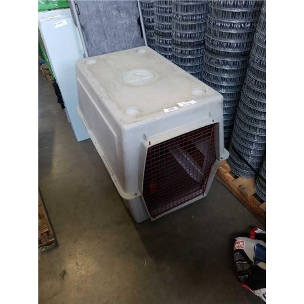 30 INCH TALL DOG CRATE