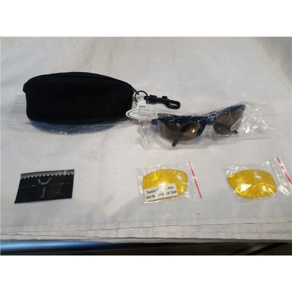 PAIR OF NEW RYDERS SWITCH SUNGLASSES WITH CASE AND INTERCHANGEABLE LENSES - BLUE FRAME - RETAIL $59