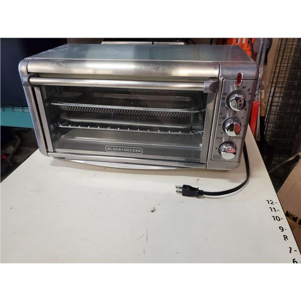 Black+Decker Convection Toaster Oven 8-slice with Air Fryer regular $229 tested and working