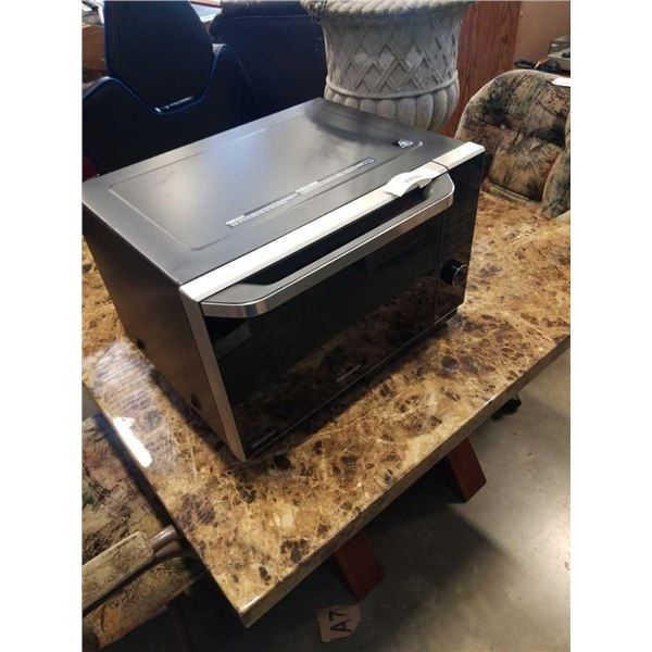 PANASONIC INVERTER COMBINATION OVEN MODEL NN-DS58HB - MICROWAVE OVEN WITH STEAM