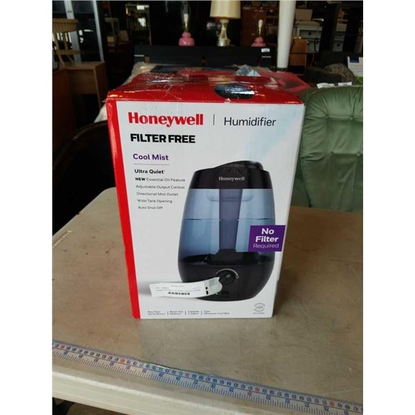 As new HONEYWELL HUL535WC Ultrasonic Cool Mist Humidifier tested and working