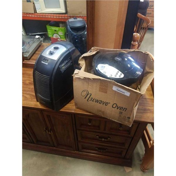 Nuwave infrared air fryer and honeywell humidifier both working