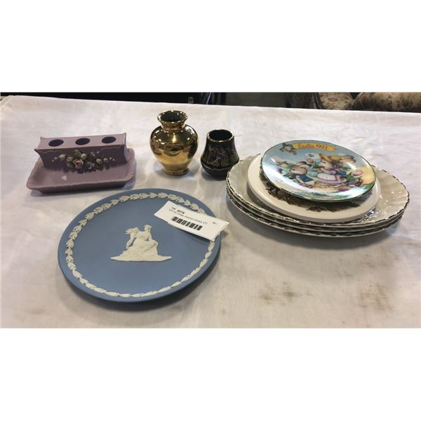 LOT OF CHINA, PAINTED DISHES, ETC