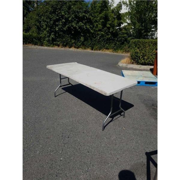 FOLDING MARKET TABLE