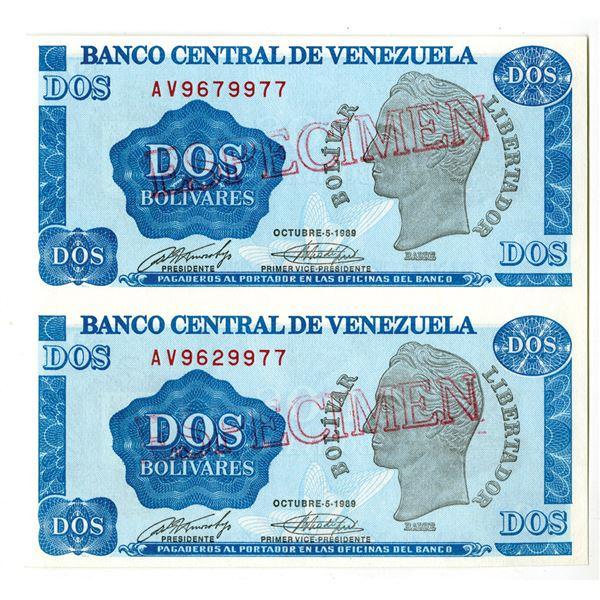 Banco Central De Venezuela, 1989 Uncut Vertical Pair of Specimen Notes.