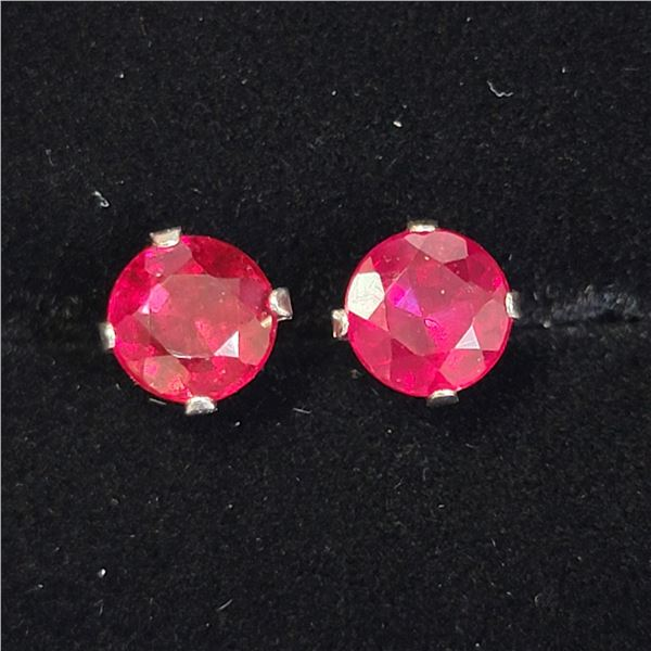 WHITE GOLD RUBY(2.1CT)  EARRINGS