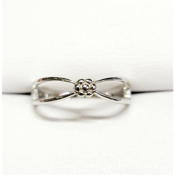 SILVER RING (~SIZE 7)(~WEIGHT 9.29G)