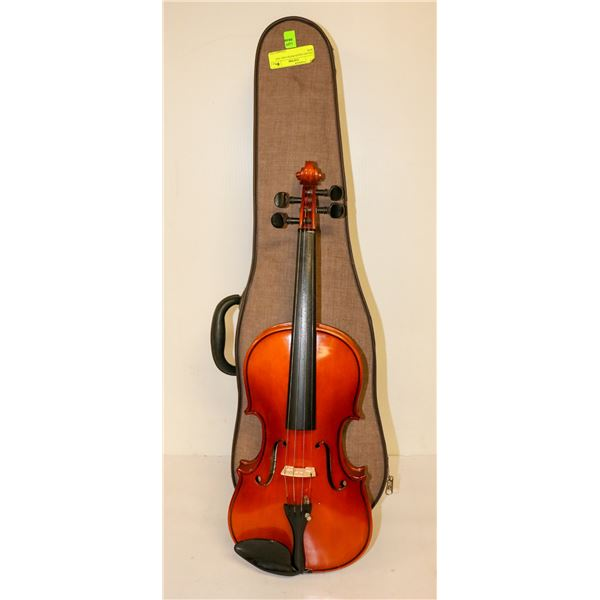 CELLINI VIOLIN WITH CASE AND BOW