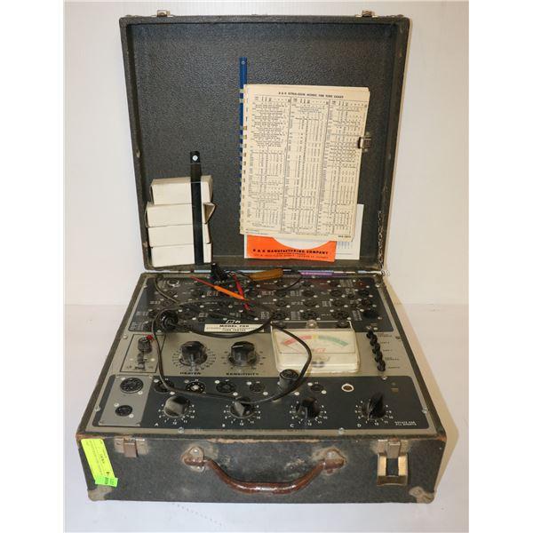 ANTIQUE RADIO TUBE TESTER IN CASE