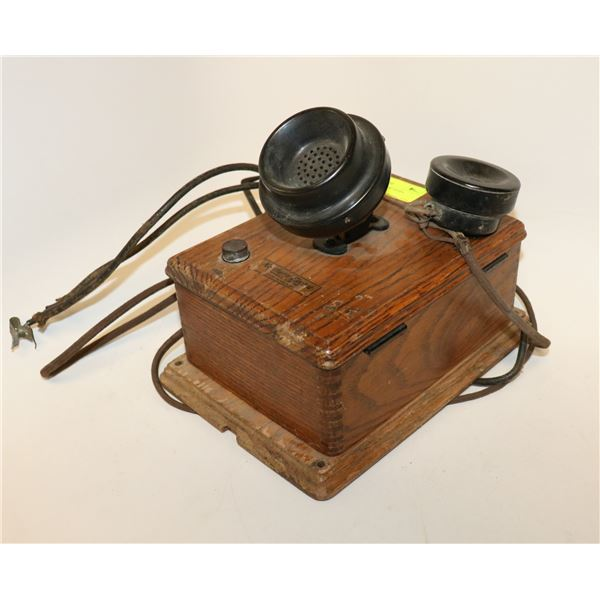 ANTIQUE WOODEN NORTHERN ELECTRIC WALL PHONE