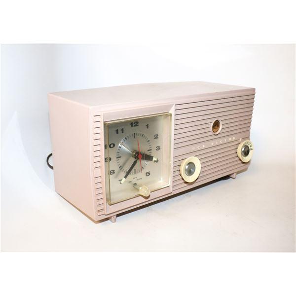 RCA VICTOR PINK PLASTIC RADIO 1950S