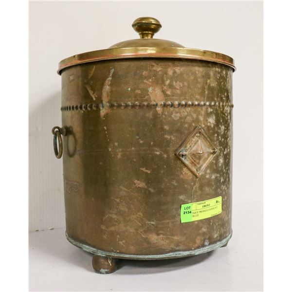 ANTIQUE PRESSED COPPER POT WITH LID