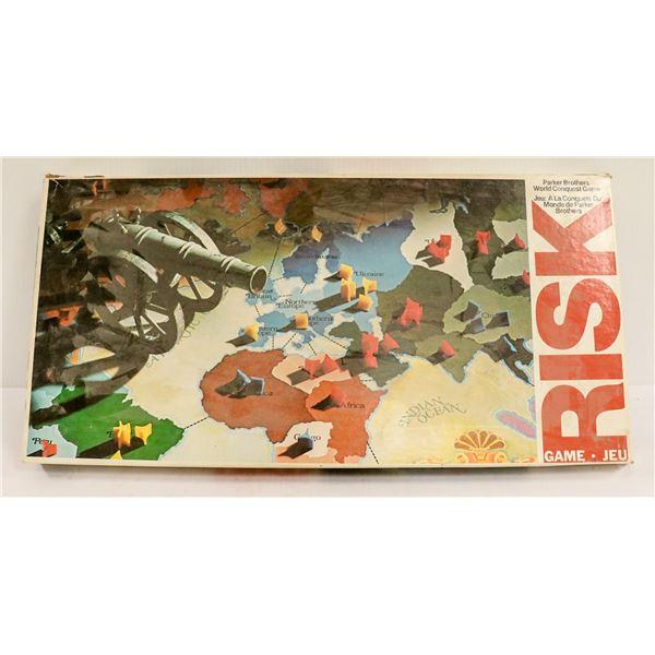 VINTAGE RISK BOARD GAME