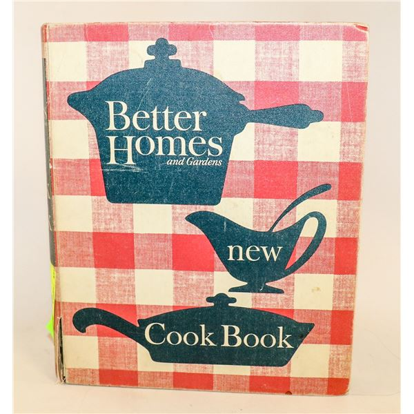 VINTAGE BETTER HOMES AND GARDEN COOK BOOK