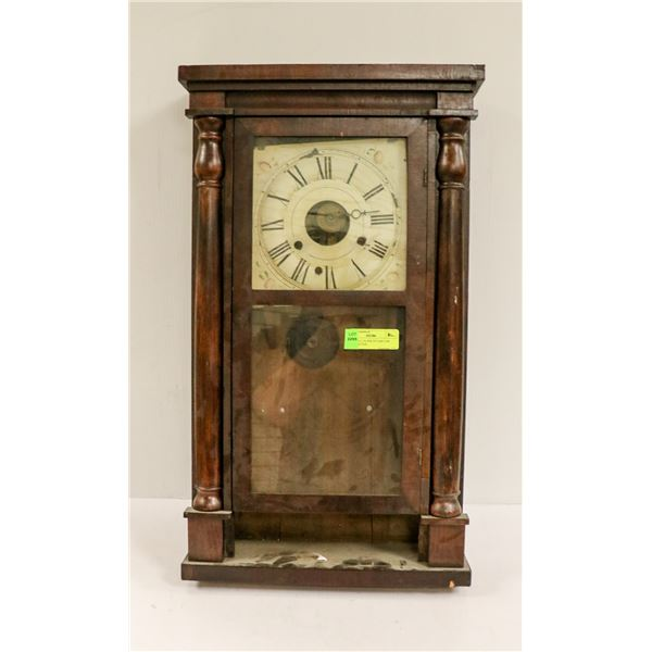 1900 WALL CLOCK IN CASE FOR RESTORATION