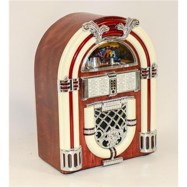 VINTAGE MINI JUKEBOX RADIO