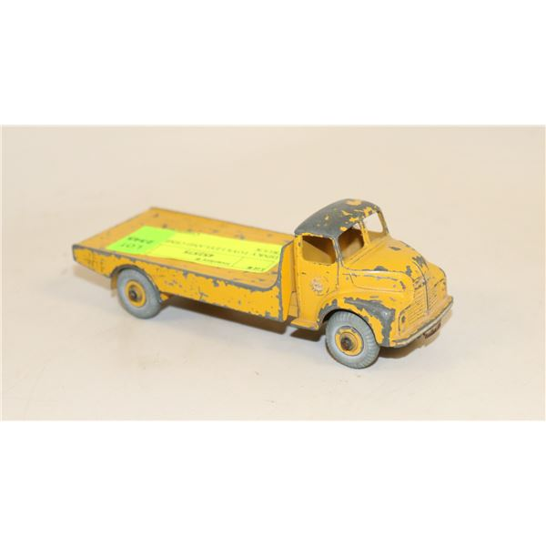 DINKY TOYS LEYLAND CEMENT TRUCK