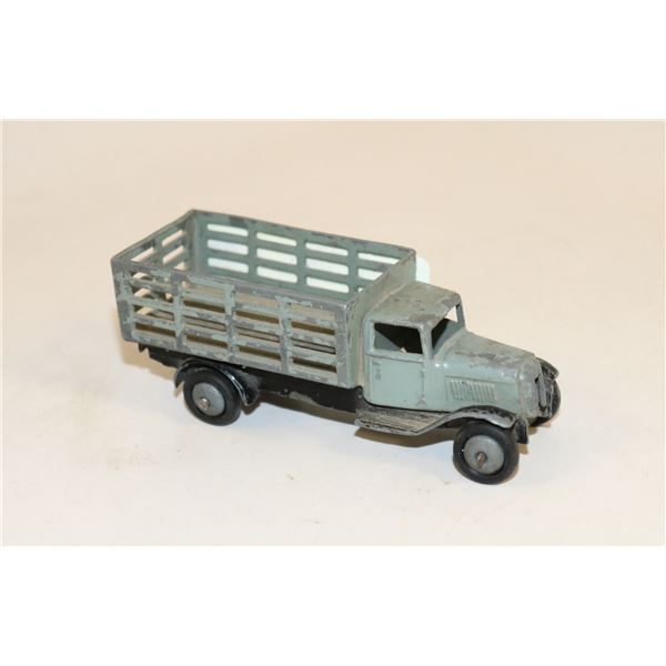 1930S DINKY TOY STAKE SIDE TRUCK