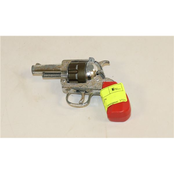 ENGLISH MADE CAP GUN REVOLVING BARREL