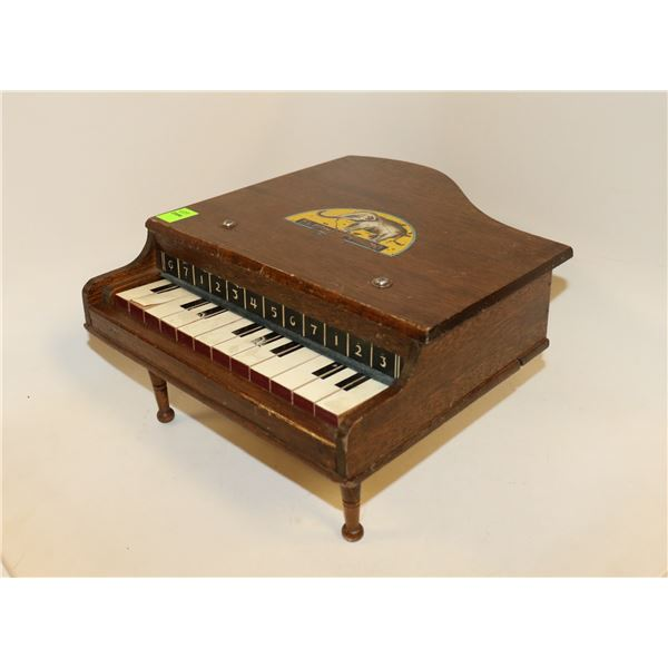 ANTIQUE CHILDRENS GRAND PIANO