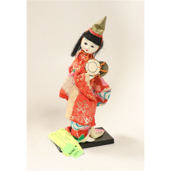 1950S JAPANESE HAND PAINTED DOLL