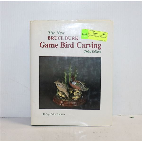 HARDCOVER BOOK ON GAME BIRD CARVING
