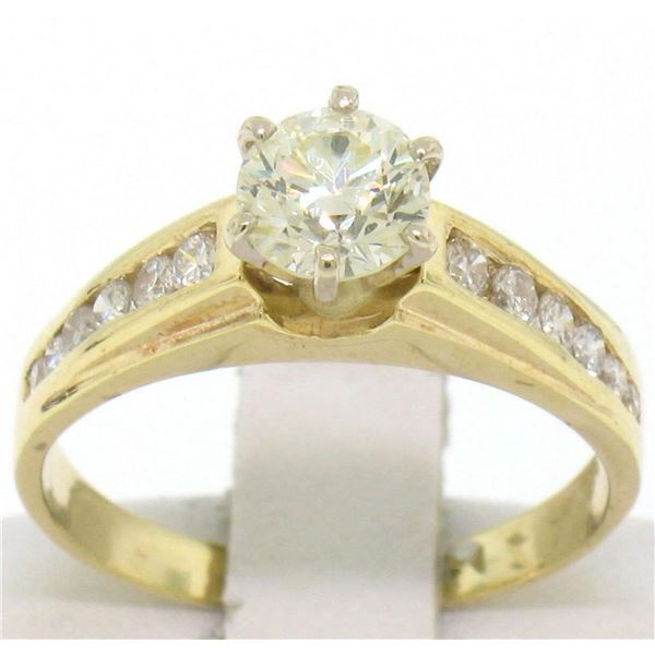 14k Solid Yellow Gold Round Diamond Solitaire Engagement Ring w/ 12 Graduated Ac