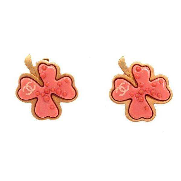 Chanel Pink Gold Leaf Earring