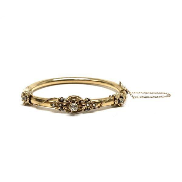0.65 ctw Diamond Bangle Bracelet - 14KT Yellow Gold