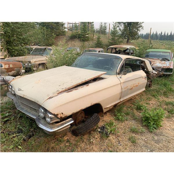 1962-3 Cadillac - 2dr, parts car, lots of good parts