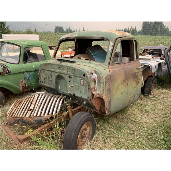 1949/50 Ford Pickup - minor rust, no VIN, long box frame, parts only