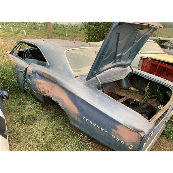 1968 Dodge Coronet - shell, parts car, body is rough, has seats, has glass, has vin, has emblems/tri