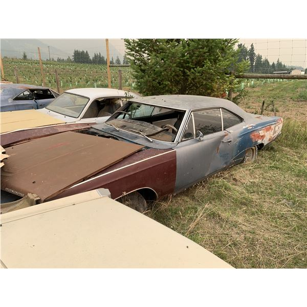 1968 Plymouth Satellite Shell - no driveline, poor fenders, no VIN, was buckets/console car
