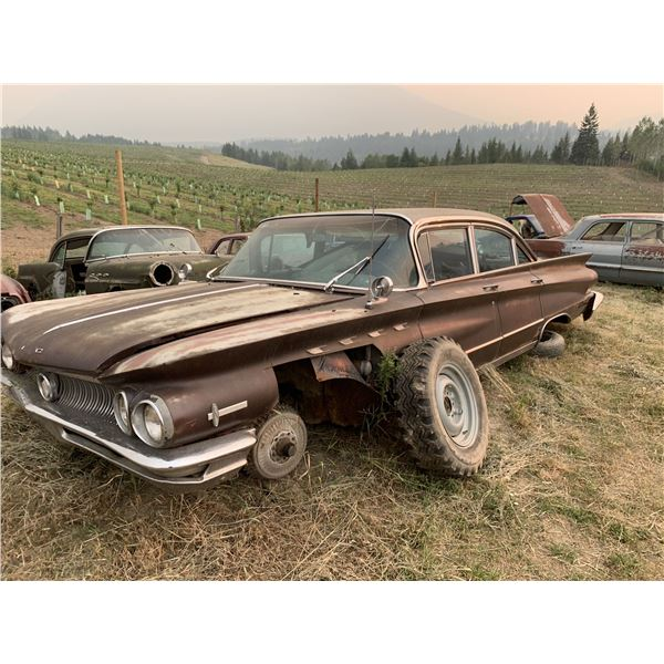 1960 Buick Electra - 4dr, parts car, mostly complete