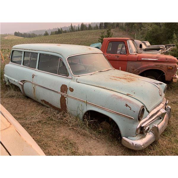 1952 Dodge Wagon/Suburban - 2 dr Wagon, mostly complete