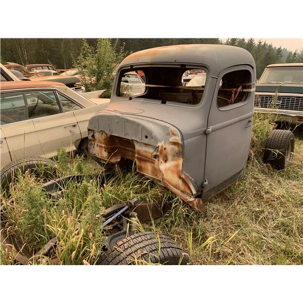 1946 Chevy 1 ton truck - have front clip