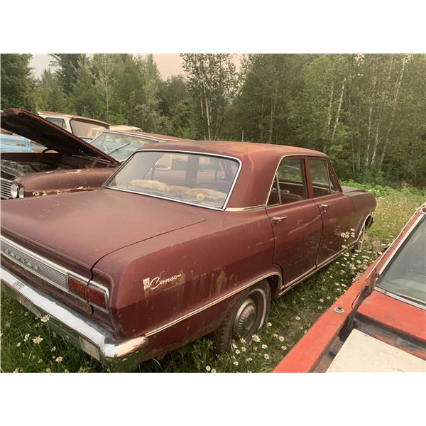 1965 Pontiac Canso - 4 dr, complete, parts or restore